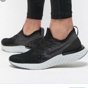 Nike Epic React Flyknit Womens Black Sneakers 7/8